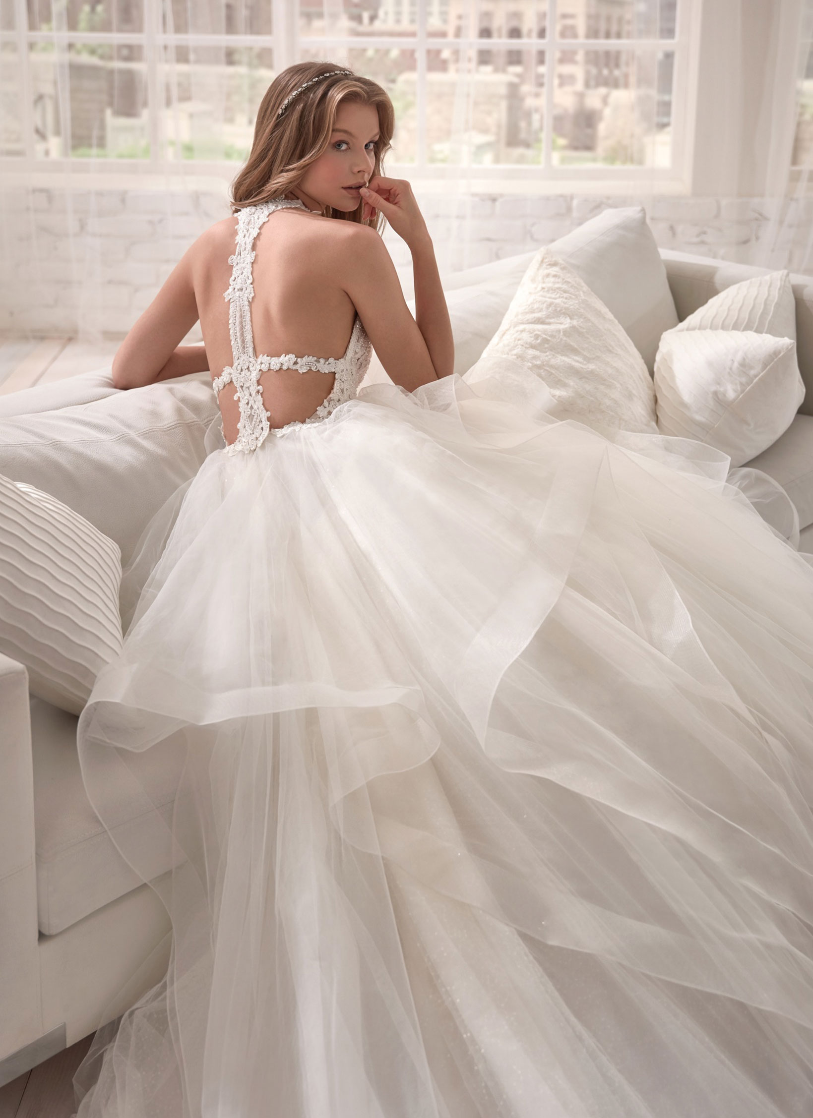 essencia-novias-pronovias-group-jolies-JOA20451_4