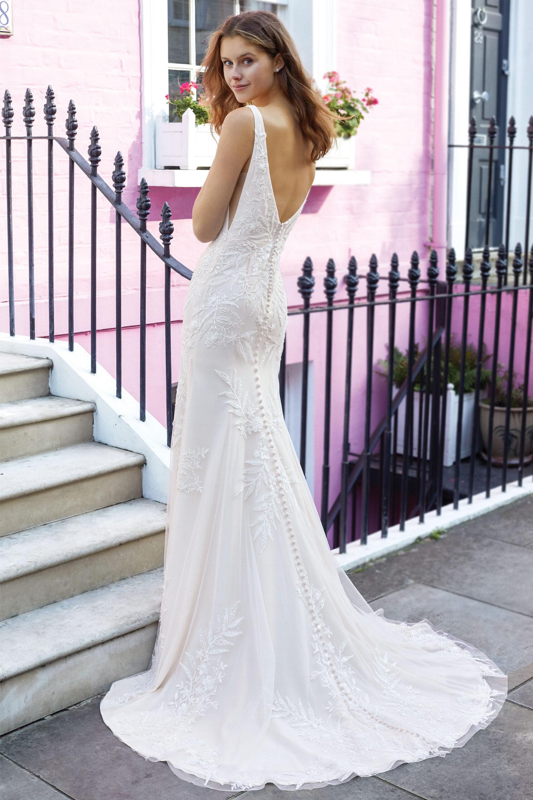 11136 Adore Justin Alexander coleccion 2021 essencia novias outlet novias sevilla