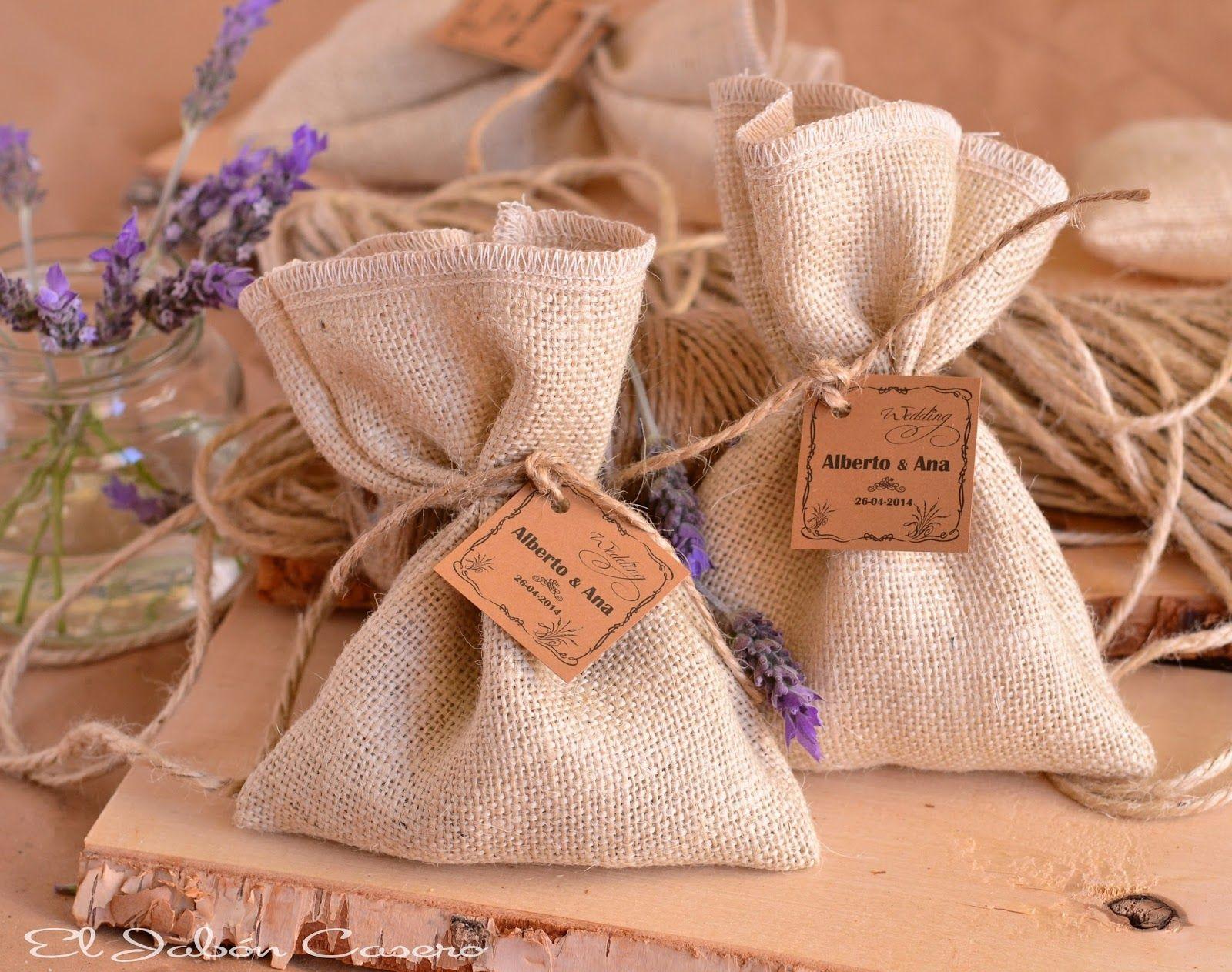 saquito lavanda detalle invitados bodas regalo invitados essencia novias bodas sevilla