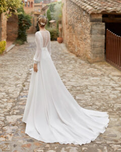 Alma Novia modelo Madras colección 2022 rosa clará essencia novias