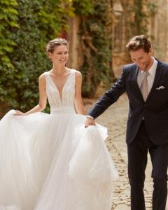 Alma novia coleccion 2022 modelo Molin rosa clara essencia novias